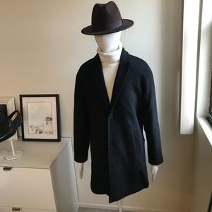 NWT Forever21 men's black top coat in size large